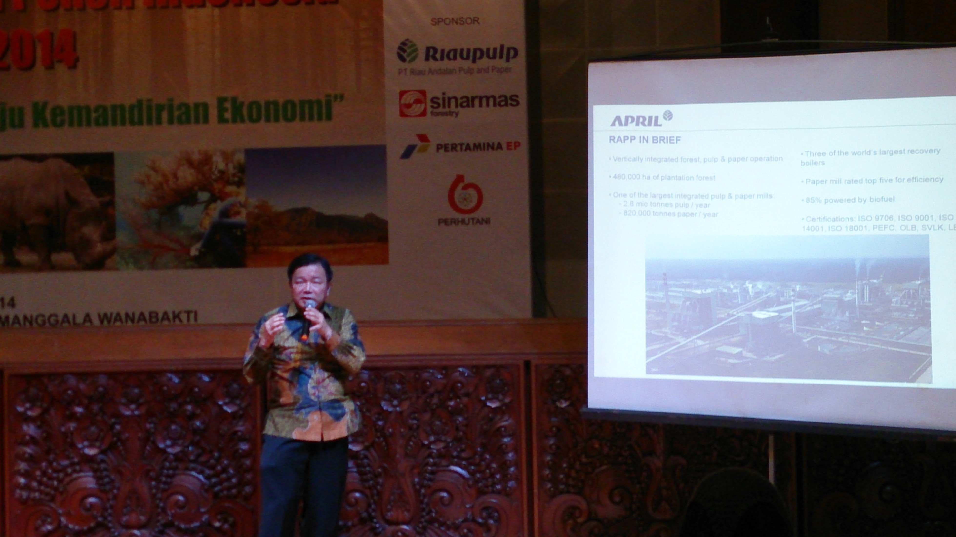 RAPP President Director, Kusnan Rahmin, explains RAPP's sustainable forest management in Indonesia